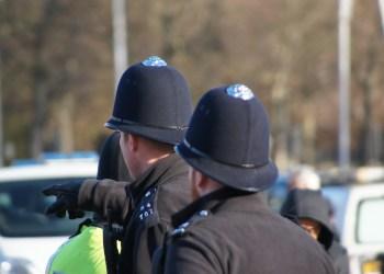 BRITISK POLITI ANGRIPER VOLDTEKTSOFRE AV FRYKT FOR Å BLI UTSATT FOR RASISME-ANKLAGER. (Foto: Pixabay)