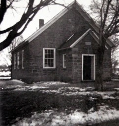 Yonge Mills School in Winter SF10#4
