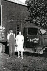 Ladd, Arthur & Hazel 1940 WB4
