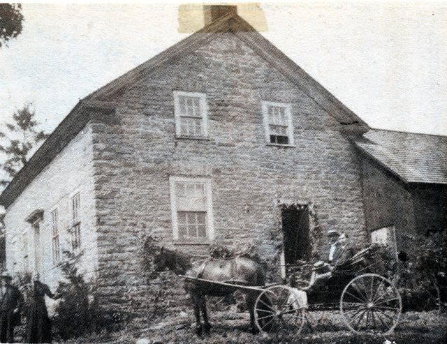 New Dublin Bolton House 1900 left Henry and Sarah Bolton buggy is William Bolton Darling Bk3p149