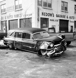 accident-hearse-2-64-226