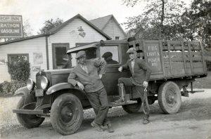 dew-drop-inn-on-hwy-2-west-of-brockville-c1935-wb6