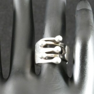 Jester Ring Front