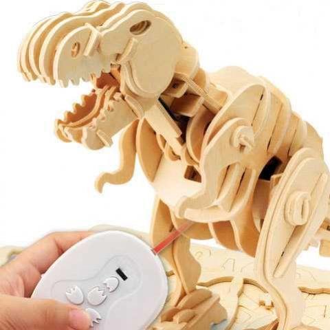 model poskladaného robotického dinosaura T-Rexa