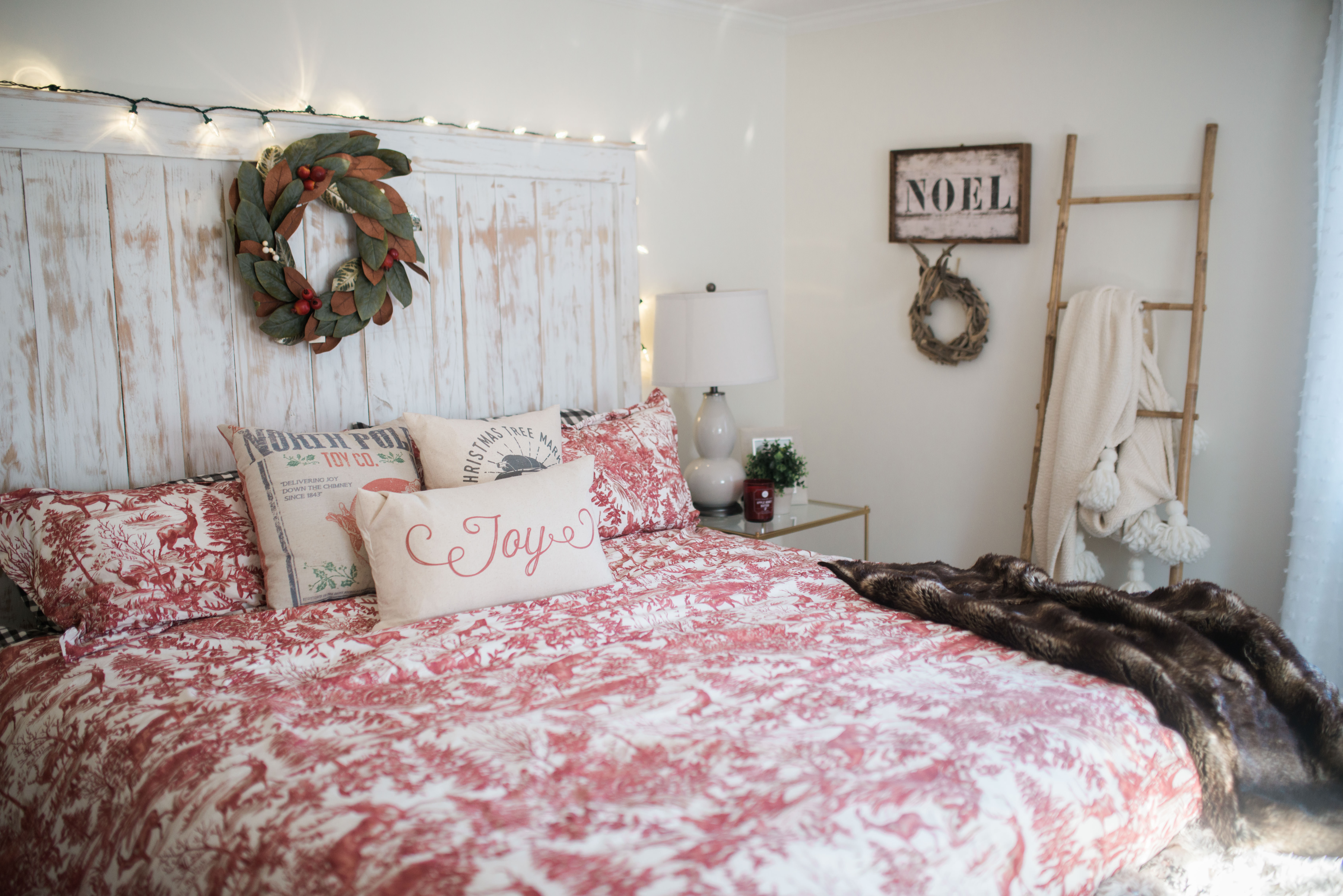Our Bedroom holiday decor // Bedroom Wall Decorations on Room Decoration  id=78393