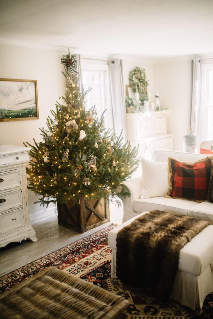 Best 28 Christmas Home Tour Lynzy Co Christmas Home