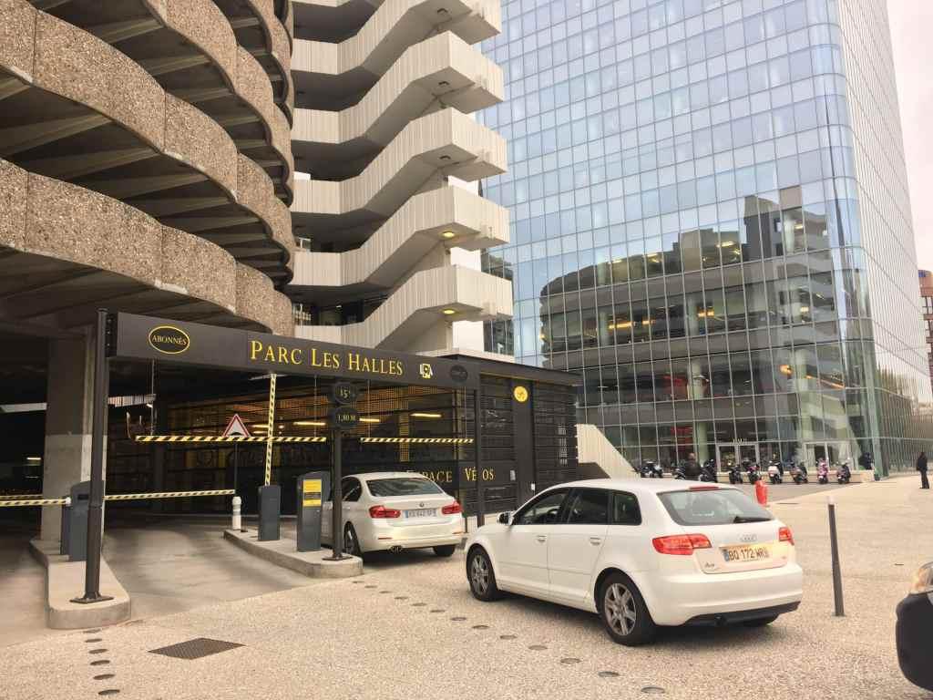 Coronavirus : les parkings restent ouverts