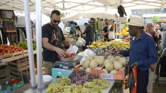 des marchés de retour à Lyon