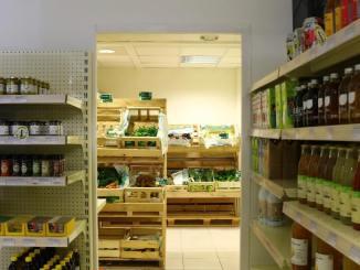 Demain Supermarché ouverture prévue en 2022, d'ici-là il y a l'épicerie