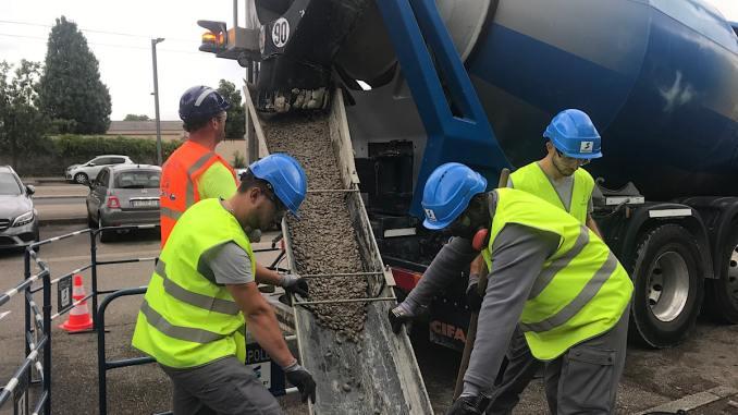 ouvriers sur chantier