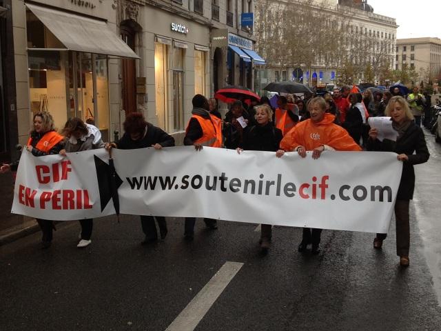 Les manifestants au départ de la place Bellecour - LyonMag.com