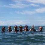 Gruppenbild im Malawisee (#GönnDirBilharziose)