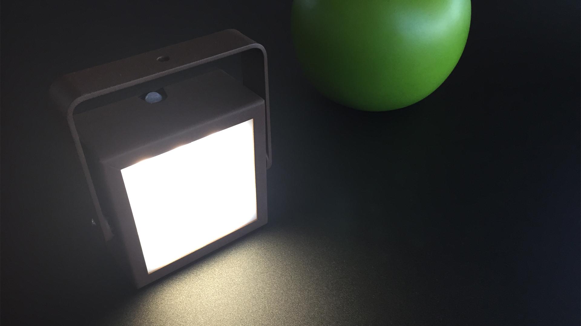luminaires solaires - lanterne solaire LYXY