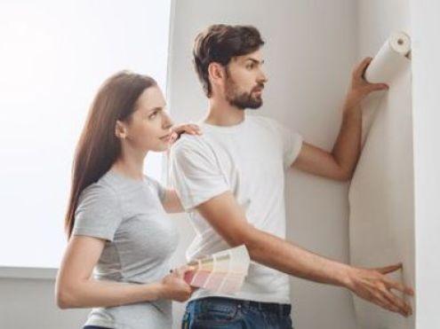 Rénover des murs en papier peint : comment s'y prendre ?