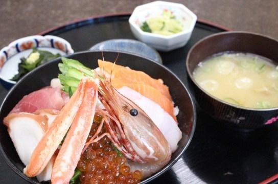 静江館 『海鮮丼』
