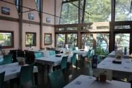 神割餐廳內部