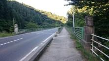 館下橋。ここにもモアイがひっそりいますのでお見逃しなく!