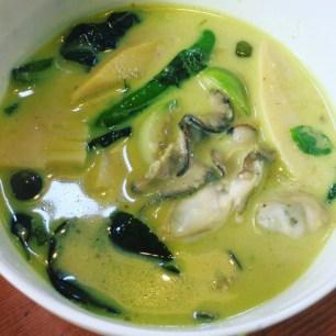 牡蠣のグリーンカレー