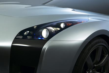 0511_04_445nissan_skyline_gtr_conceptdrivers_side_headlight_view.jpg