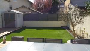 petit jardin en gazon synthetique