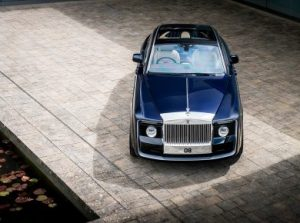 rolls_royce_sweptail_the_most_expensive_car_ever_build-390x290