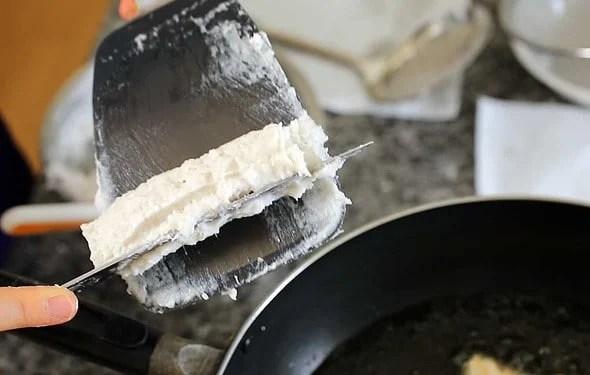 fish cake (Eomuk: 어묵 만들기)