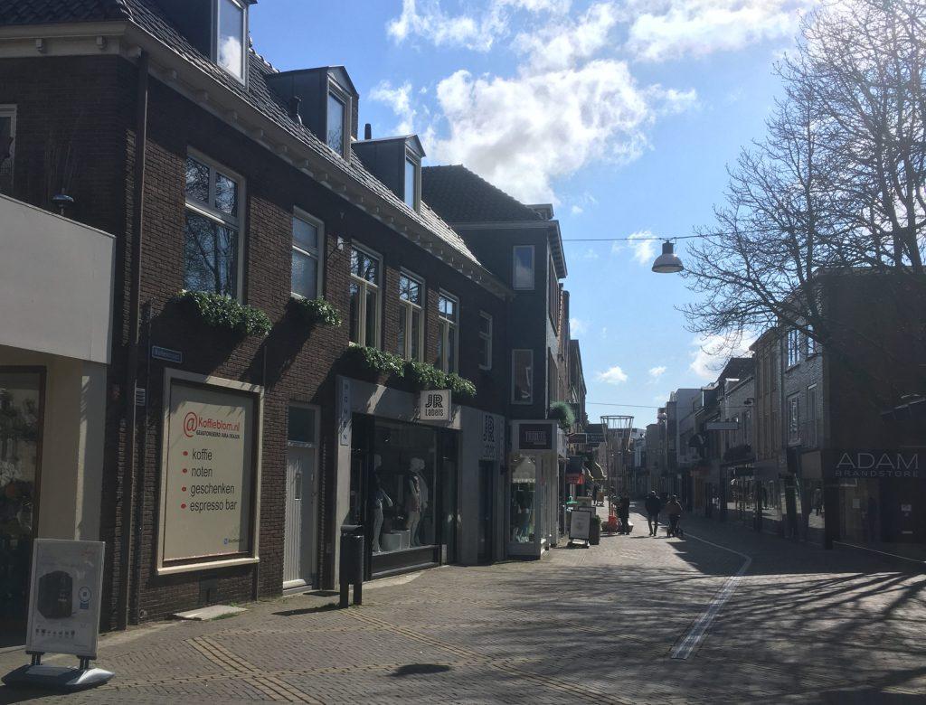 Lege winkelstraat in Doetinchem.