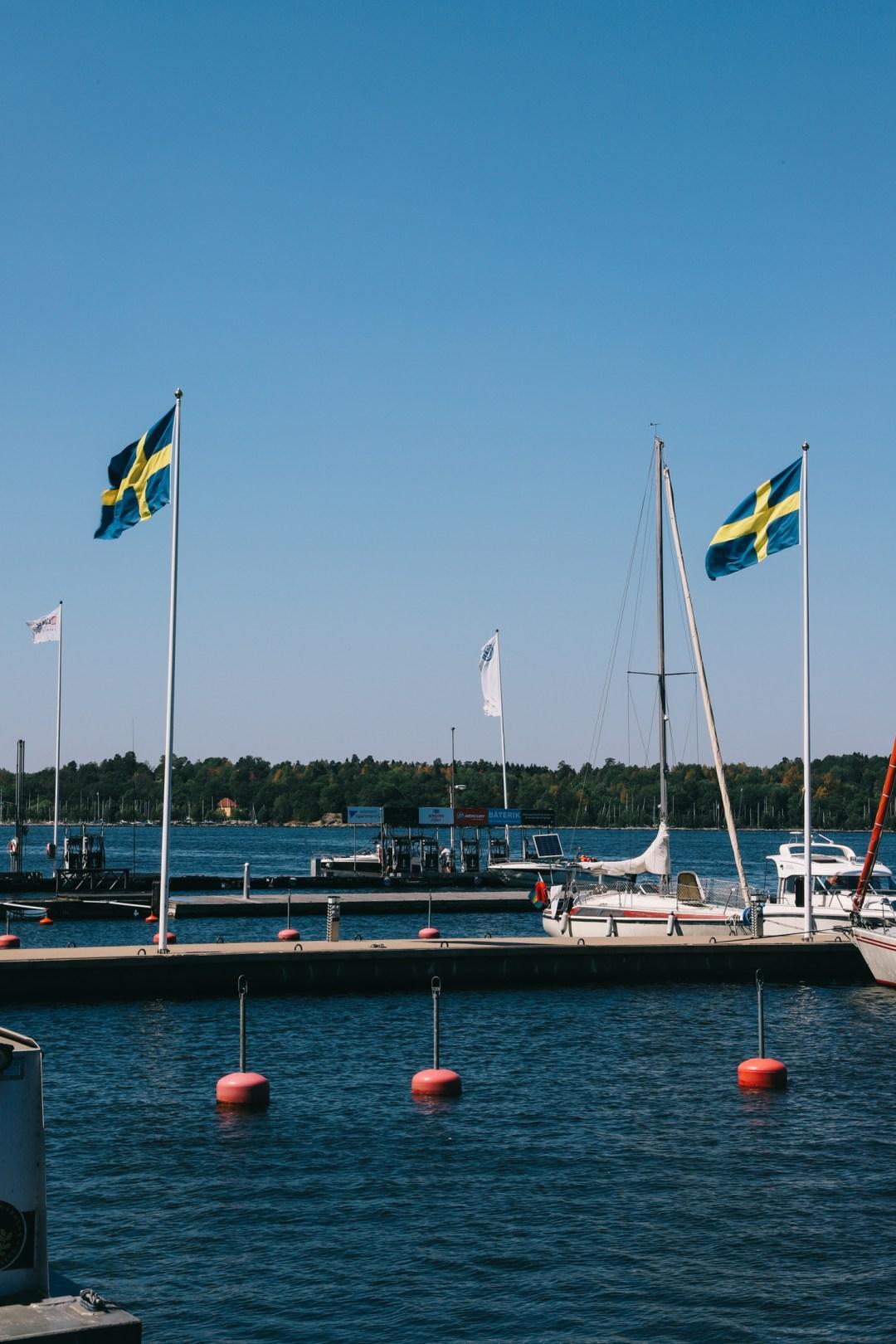 Aankomst bij het eiland Fjäderholmarna