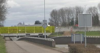 Burgemeester Godschalxstraat afgesloten ivm reparatie viaduct A2.