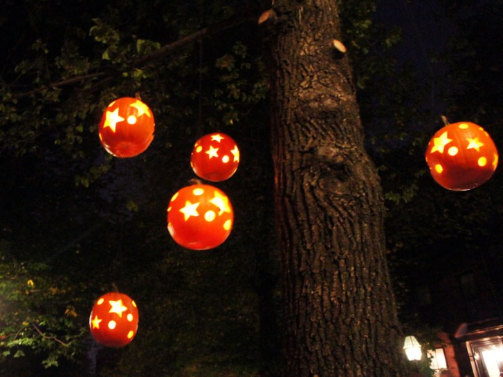 Citrouilles lanternes pour Halloween - Beacon Hill, Boston