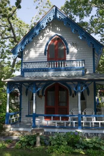 Jolie maison bleue et blanche Oak Bluffs Gingerbread House Martha's Vineyard