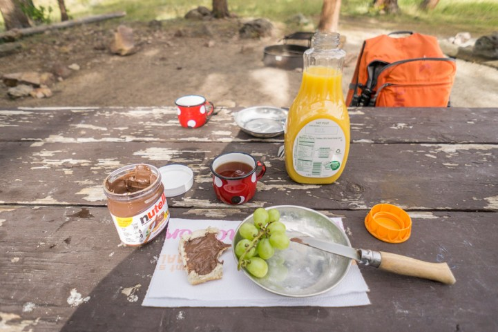 Rocky Mountain National Park - Moraine Campground - breakfast