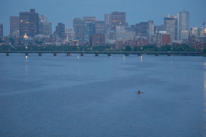 Lonely Boston // https://www.maathiildee.com