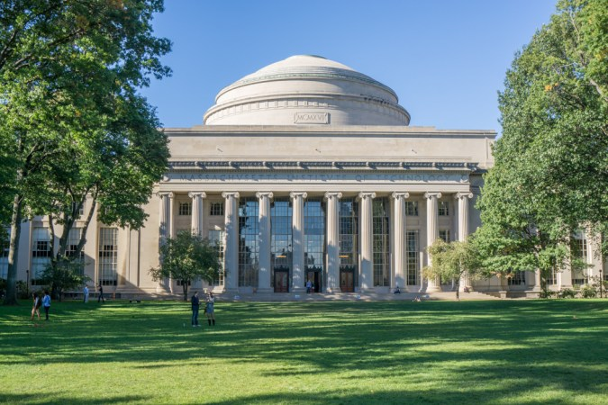 Massachusetts institute of technology Cambridge
