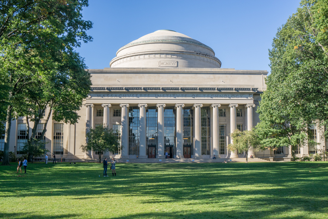 Massachusetts institute of technology Cambridge