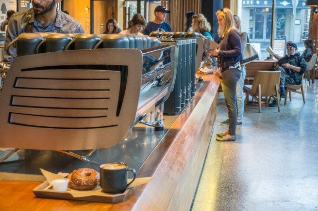 starbucks-roastery-and-tasting-room-seattle-6