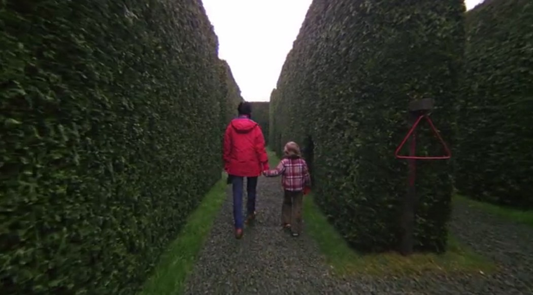 Wendy et Danny dans le labyrinthe
