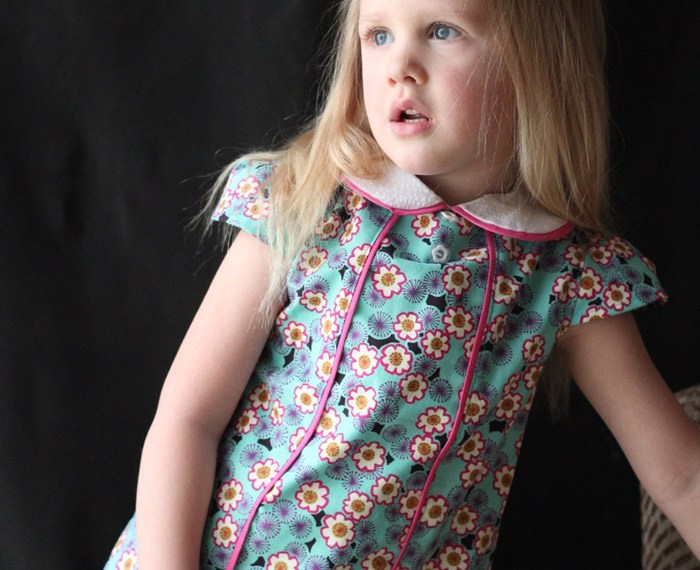 Jackie Blouse Review sewn by Mabey She Made It #kidsclothes #blouse #sewing