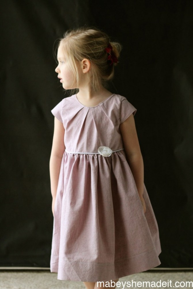 Savannah Pleated Party Dress Review | Mabey She Made It #peekaboopattern #sewing #kidsclothes