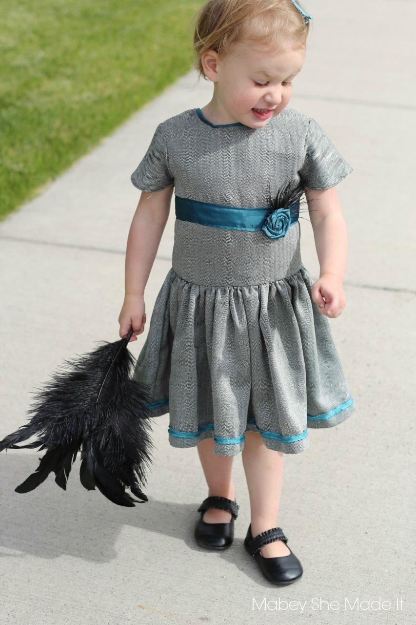 Matinee Dress | Mabey She Made It | #matineedress #sewingforkids #jennuinedesign