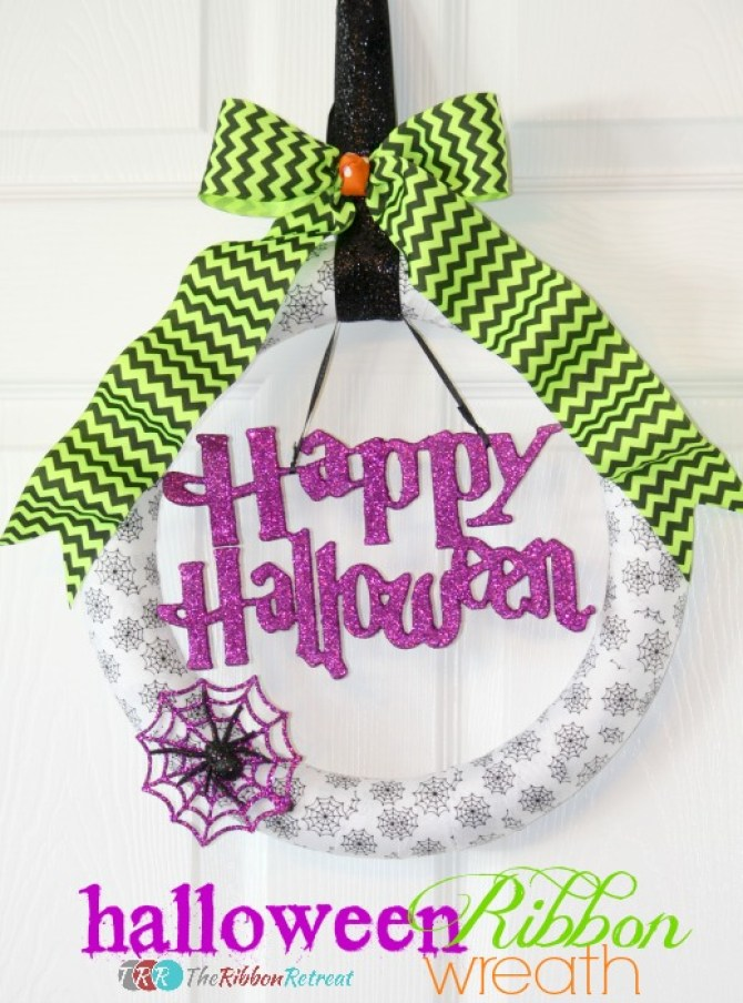 Halloween-Ribbon-Wreath