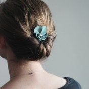 How to Make a Suede Flower Comb