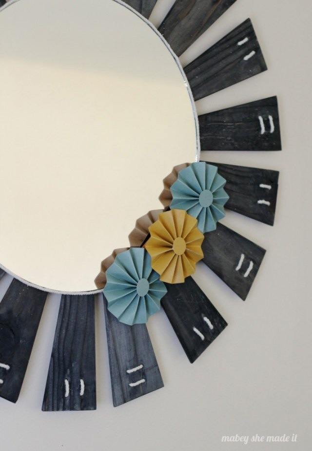 Learn to make this Upcycled DIY Sunburst Mirror with the tutorial by Mabey She Made It.