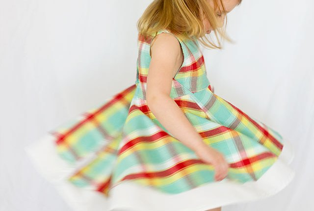 The Georgia Twirl dress is a simple, cute style with full circle skirt for maximum twirl factor. Pattern review by Mabey She Made It
