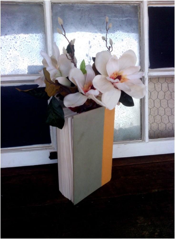 Top 10 DIY Repurposed Old Books