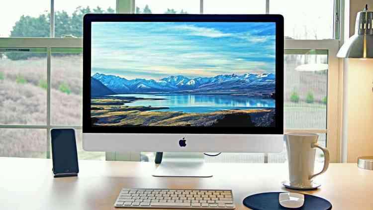 iMac-kaufen-leicht-gemacht-Quelle-Patrick-Ward–unsplash