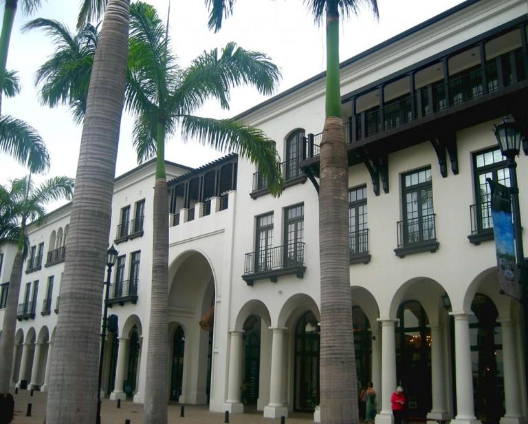 plaza_lagos