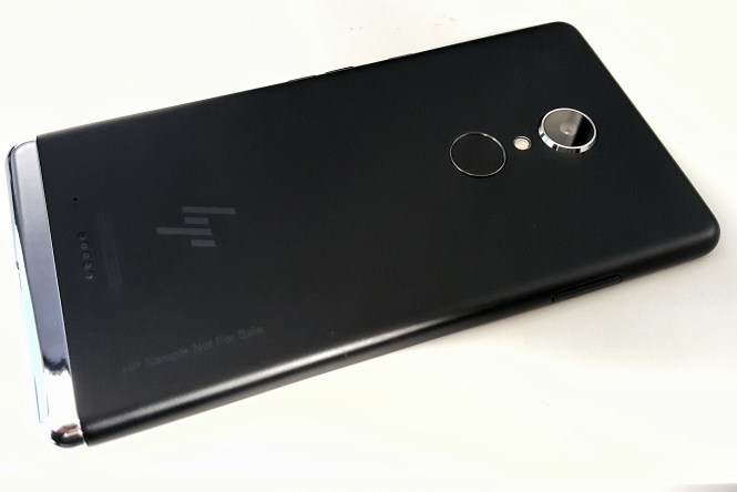 HP Elite x3 03 - Back