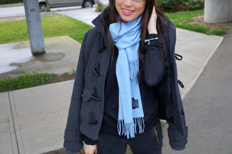 Outfit of the Day: Pops of Blue ft FRAAS Scarf