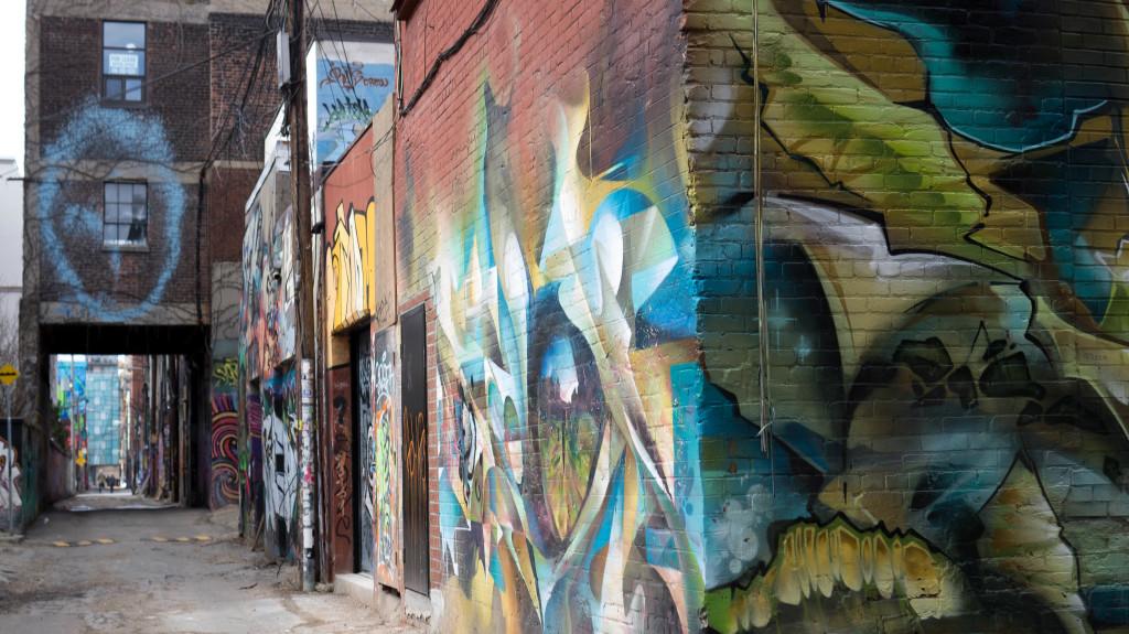 graffiti alley toronto 1-1